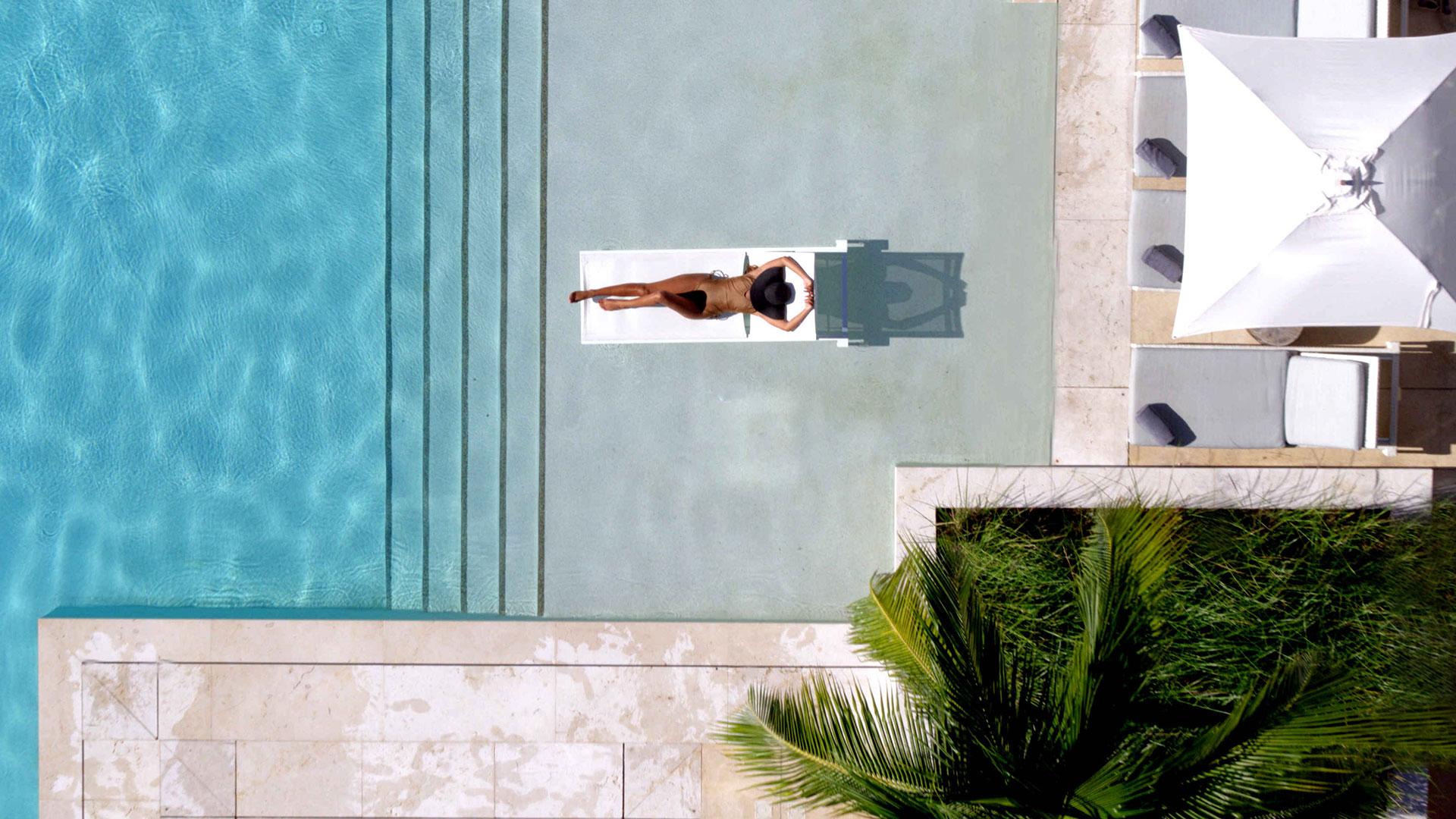 Luxury hotels and resorts in Phuket Thailand